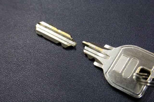 鍵が折れた時の修理方法