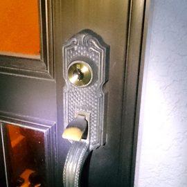装飾錠の交換