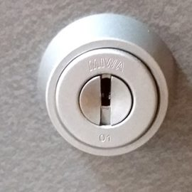 洗浄前の鍵穴