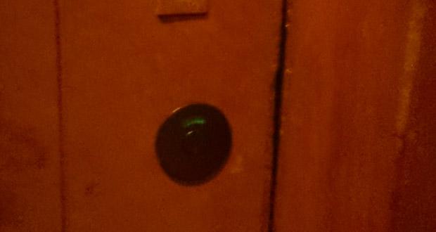 トイレドアの鍵交換