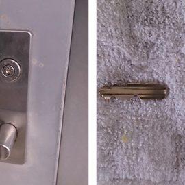 鍵が折れた