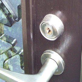 抜き差ししにくい玄関の鍵