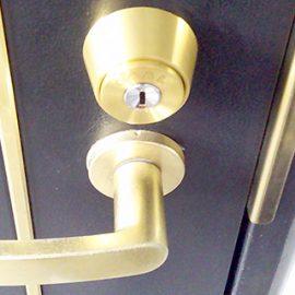 引っ越し先の集合住宅の防犯が不安なので鍵交換|昭島市朝日町