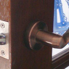 室内扉の鍵修理