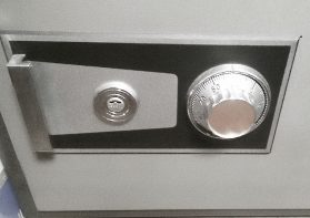 金庫の鍵のいろは!金庫の種類からダイヤルの変更方法まで徹底解説