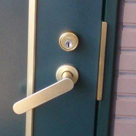 玄関ドアノブの交換