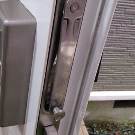 ガードロック錠の故障 鍵がかけられない