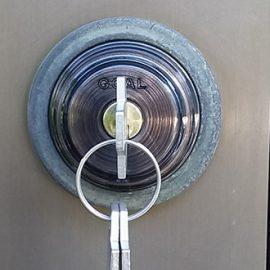 鍵交換した玄関ドア