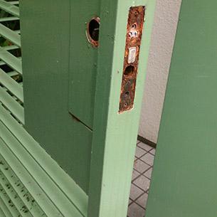 古い門扉錠前