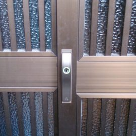 ALPHAのディンプルキー引き戸錠