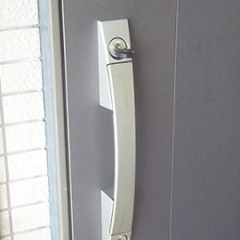 鍵を回しにくい玄関2ヵ所の鍵修理|千葉市稲毛区園生町