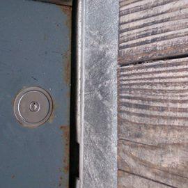 鍵穴の中で折れた鍵の抜き取り 堺市北区中百舌鳥町