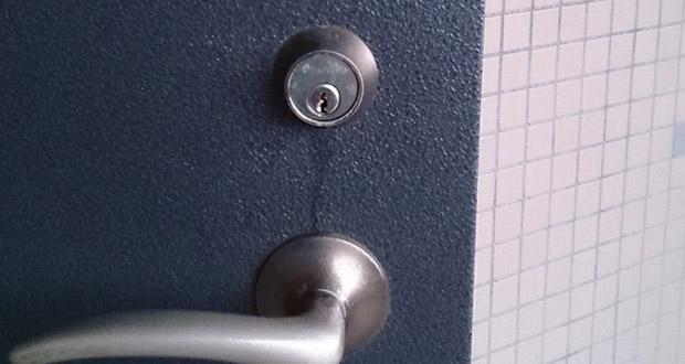 最後まで差し込めない鍵