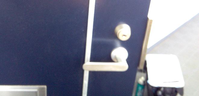 玄関の鍵を交換