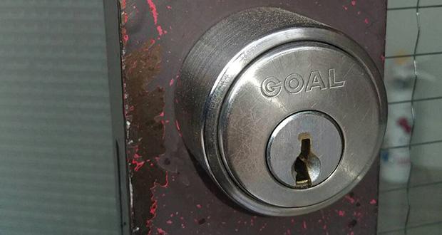 鍵が回りにくい玄関の鍵
