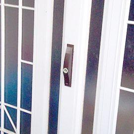 玄関が開かなくなったので引き戸錠を鍵交換|大阪市鶴見区浜