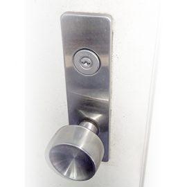 交換後の玄関の鍵