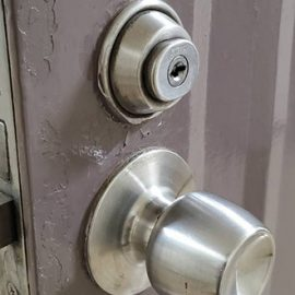 引っ越し先の家の鍵交換|横浜市西区岡野