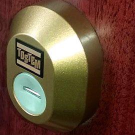 トステムの玄関ドア鍵を失くしたのでディンプル錠に交換|市原市五井