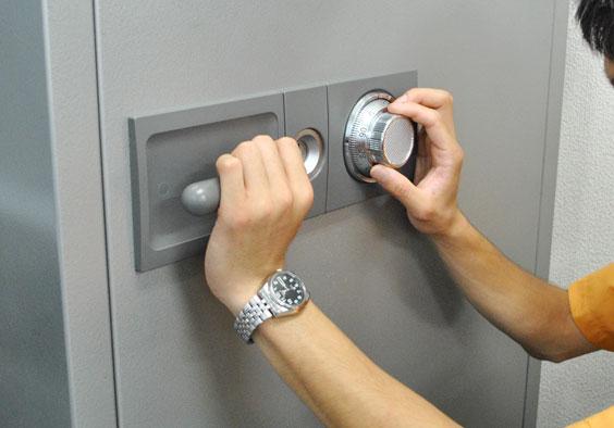 金庫の鍵サービス